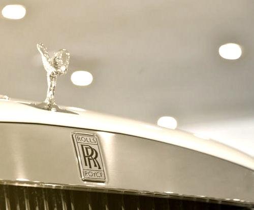 Roll Royce Hood Ornament Shining