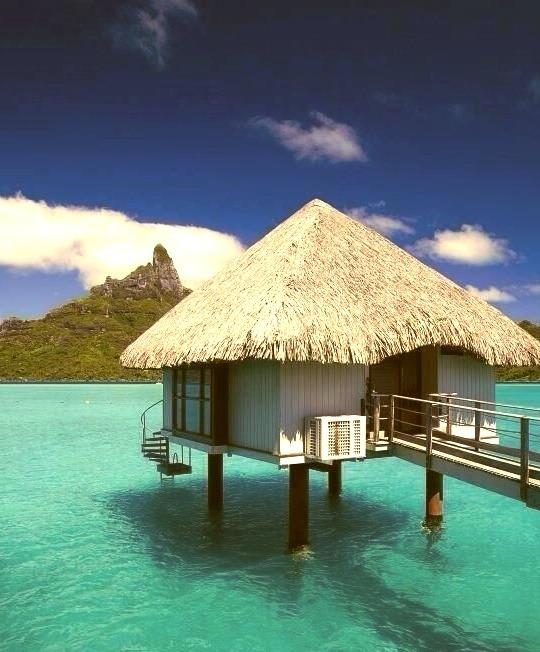 Clear Water Ocean Travel Resort